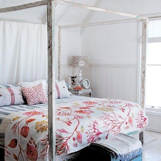 Blue Seaside Decorating Small Apartment Living Room: Summer Bedroom Decorating Ideas