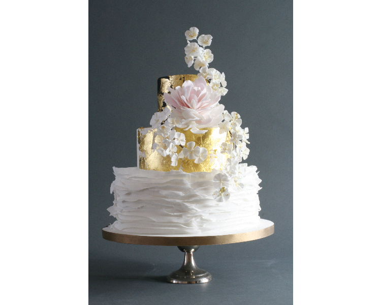 peony-wedding-cake,-japanese-style-wedding-cakes-brighton,-wedding-cakes-london-(2)