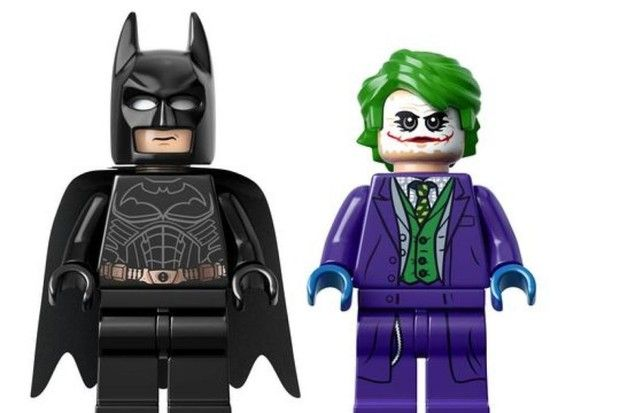 Batman E Coringa De O Cavaleiro Das Trevas Viram Bonecos De Lego