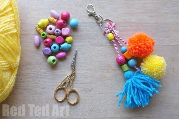 DIY Purse Charms, make these easy charms in any colour and bead combination to make them just right for you. Great as gifts too: