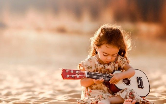 When should children learn guitar