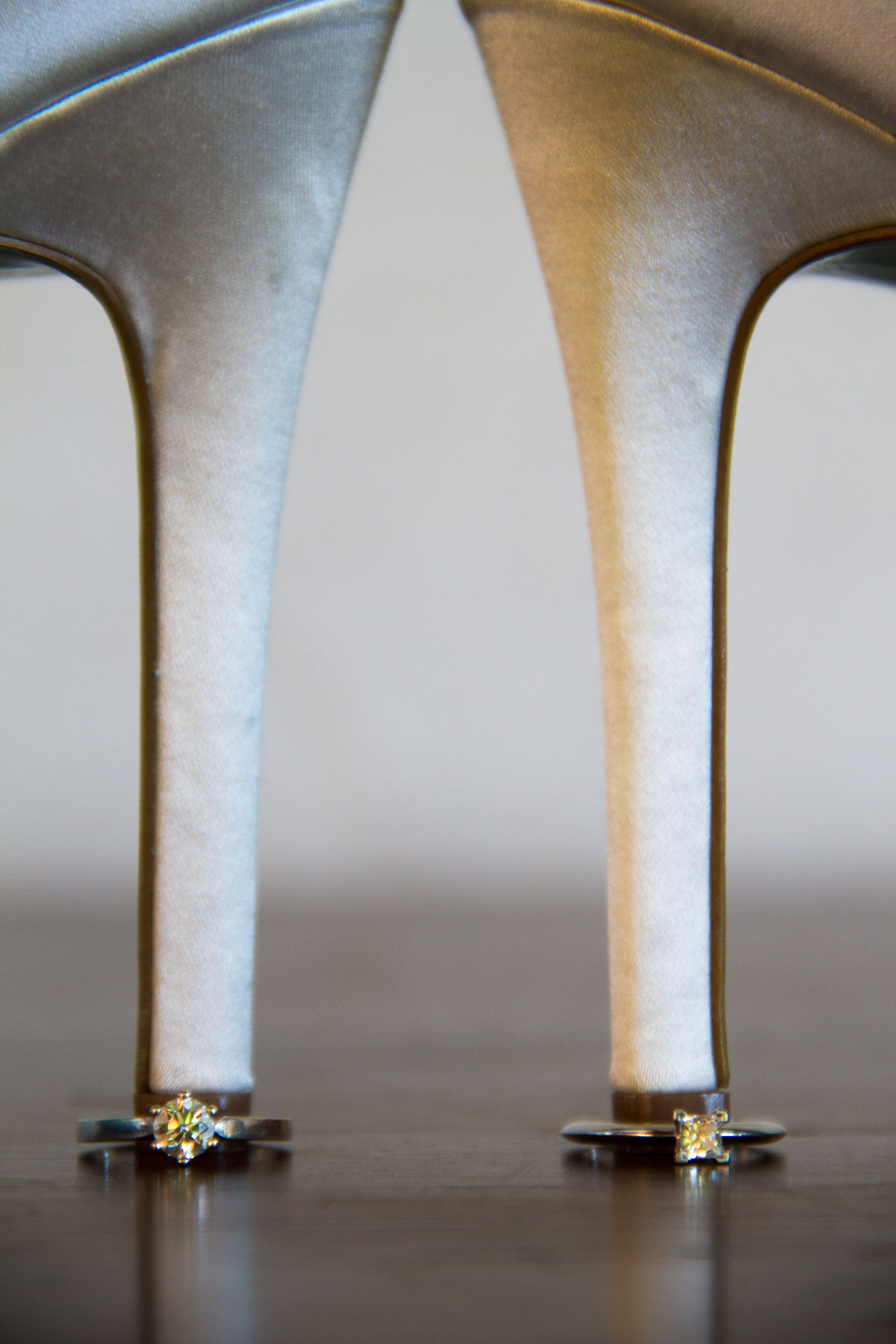 Doble Compromiso... www.luvinais.com.mx