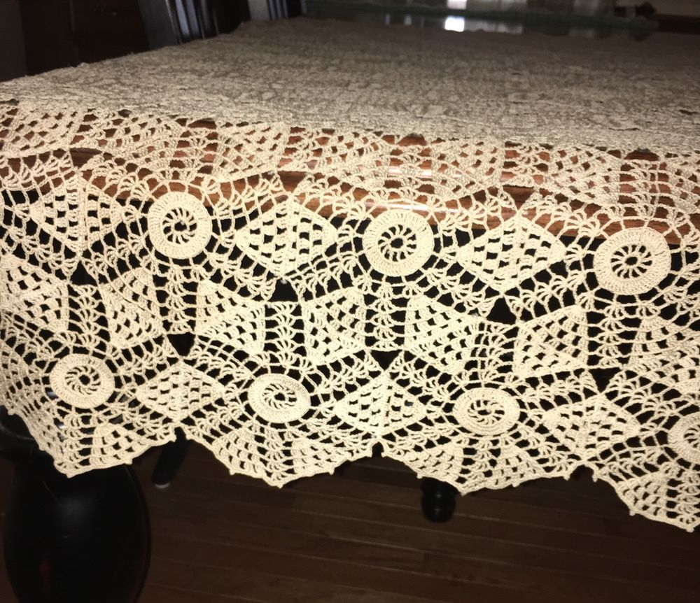 "Vintage Handmade Ecru Cotton Lace Crocheted Tablecloth 58"" Square 