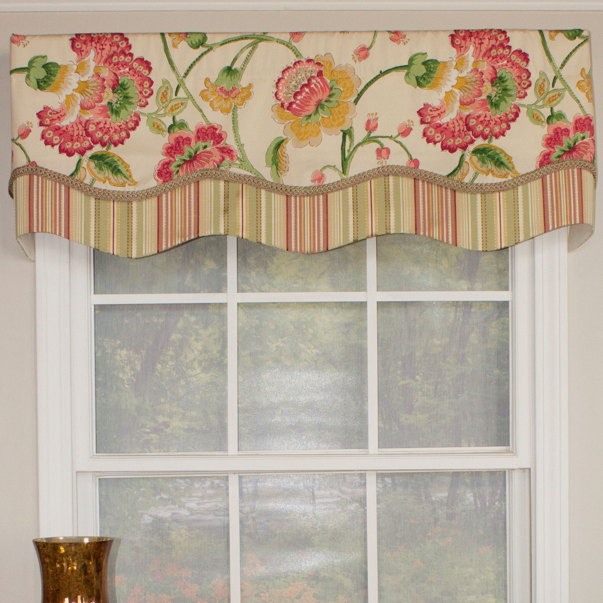 Flower Frenzie Glory 50 Cornice Curtain Valance