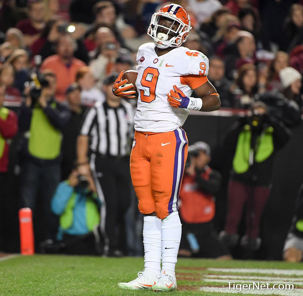Clemson Photos Travis Etienne 2017 Football South Carolina Clemson Tigers Football Clemson Clemson Football