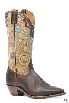 I love cowgirl boots!!