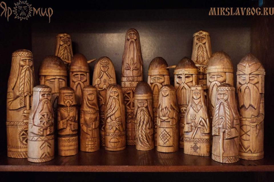 Chess Set Or Our Dieties Carved In Wood Viking Chess Carving Chess