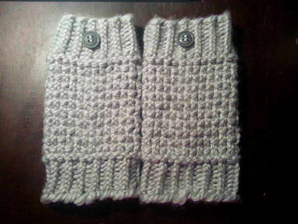 Looming Exclusive Designs: Cozy Gray Boot Cuffs | Knits & Crochet ...