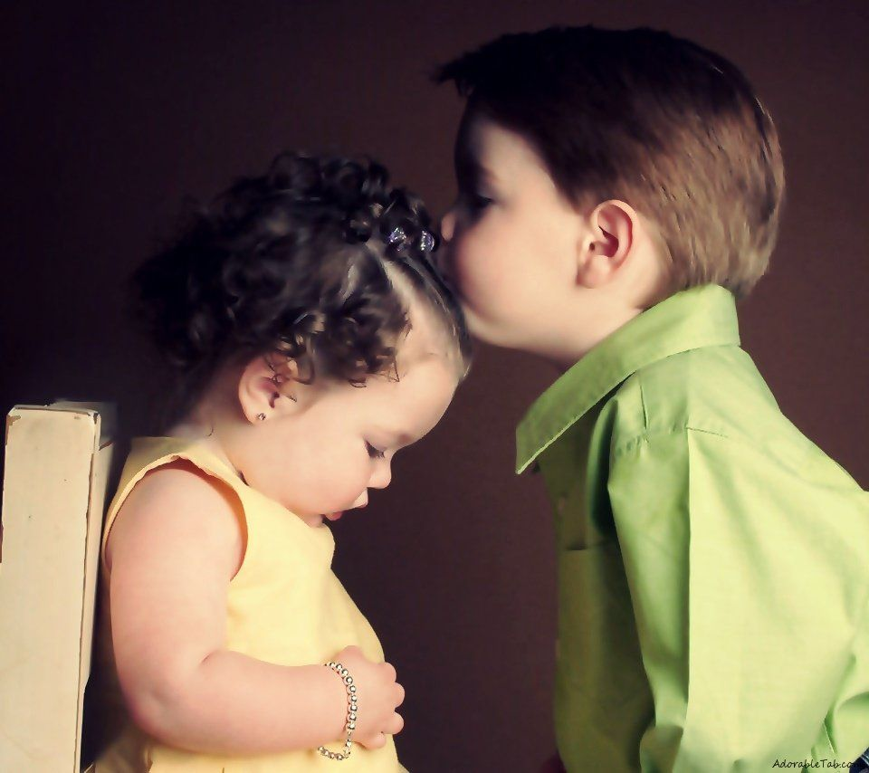 Ethan And Bella Cute Baby Couple Cute Baby Wallpaper Kids Kiss
