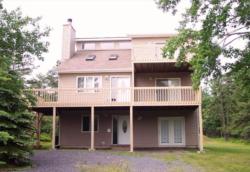 Albrightsville Vacation Rental - VRBO 96780 - 4 BR Poconos House in PA, Funtastic Saltbox Near Lake: You'll Never Want to Go Home!