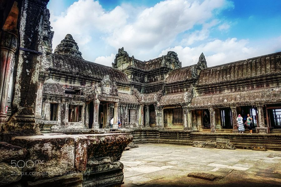 Inner Courtyard Angkor Wat by chrisgharvey travel with us at www.pifizone.com