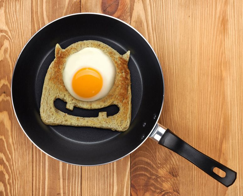 Egg Monster Toast Cutter #halloweenbreakfastforkids