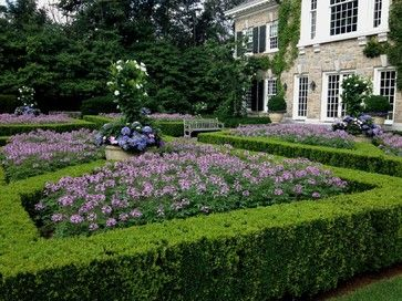 French Parterre Garden Design Ideas Pictures Remodel And Decor Parterre Garden Traditional Landscape Front Yard Landscaping