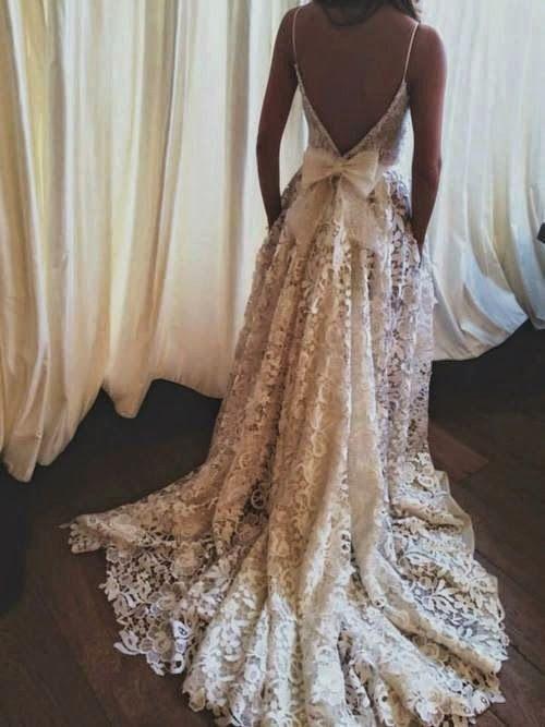 Backless Back Bow Wedding Lace Dress