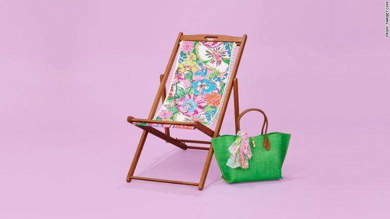Lilly Pulitzer Lounger In Cheek To