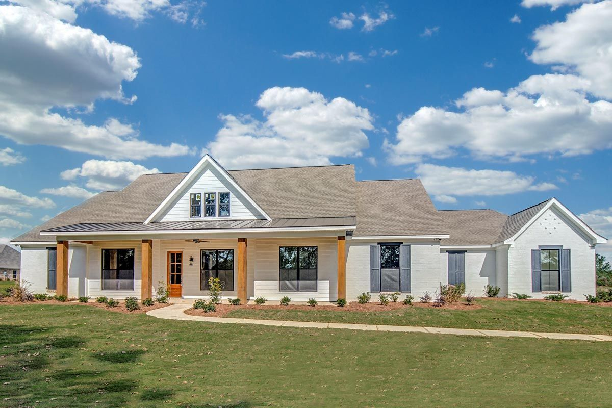 One Level Country House Plan Country house plans, New