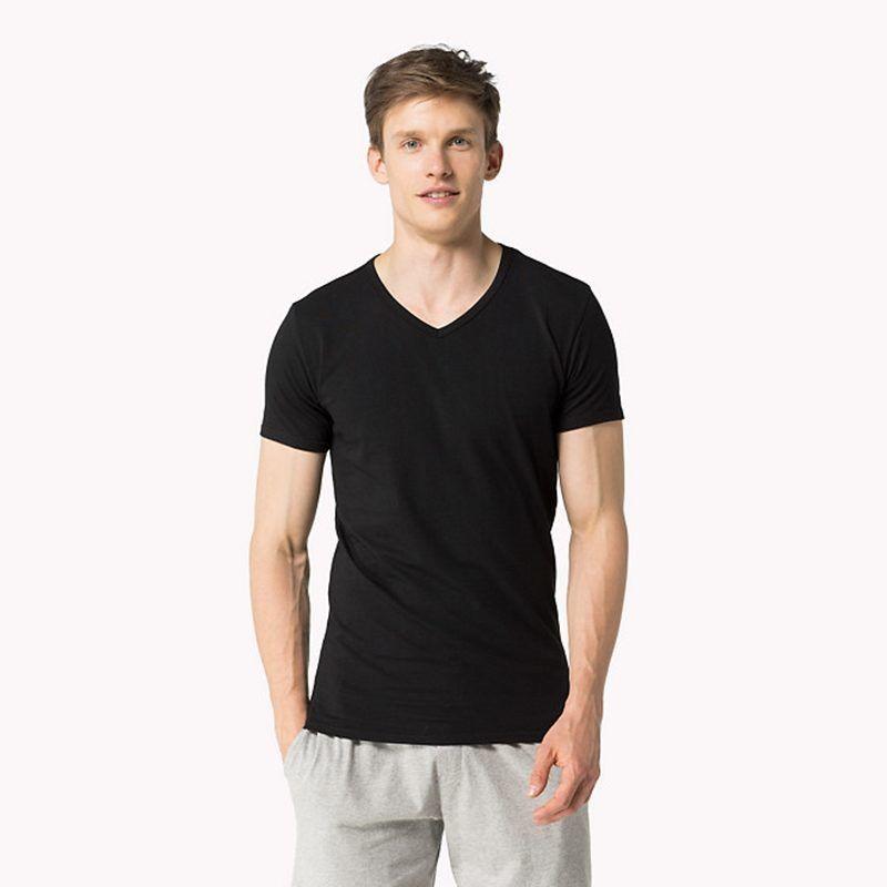 Camiseta interior o exterior de Tommy HIlfiger a un precio increíble de  14,95€