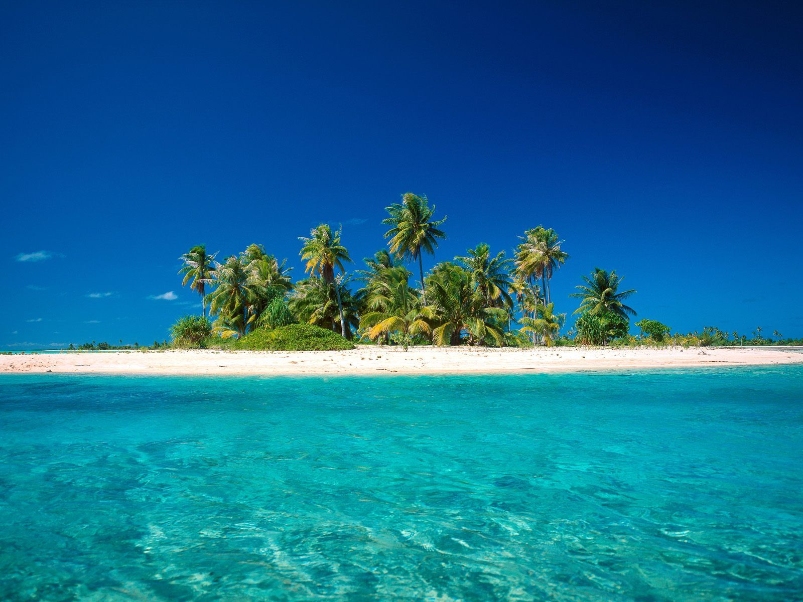 Island Getaway, Bora Bora, French Polynesia - http://imashon.com/w/island-getaway-bora-bora-french-polynesia.html