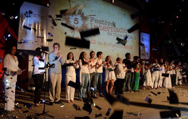 6 mil caleños disfrutaron de una noche llena de estrellas al cierre de FICCALI 2012