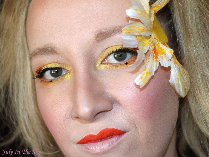 July In The Sky, mon blog Beauté et Photo : Monday Shadow Challenge : Mustard Geisha