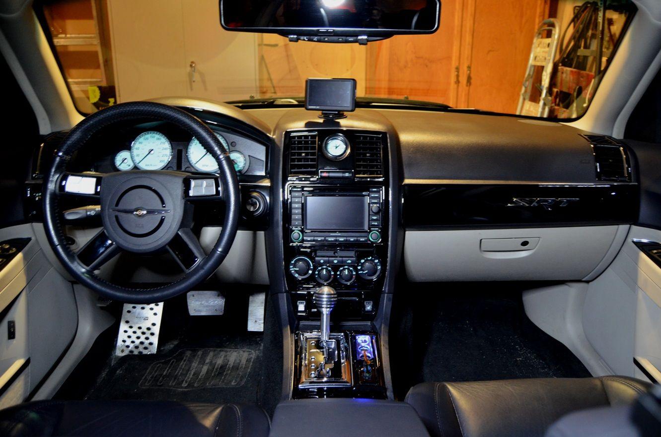06 300srt Silver Carbon Fiber Interior Chrysler 300c Forum