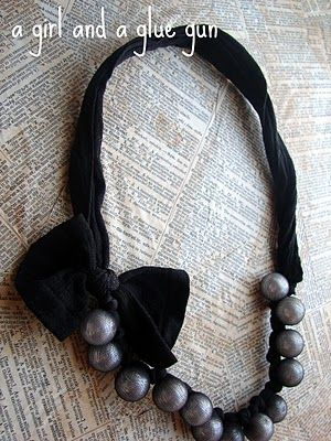 This necklace is made from pantyhose knee highs and beads. Super cheap, easy and cute!
