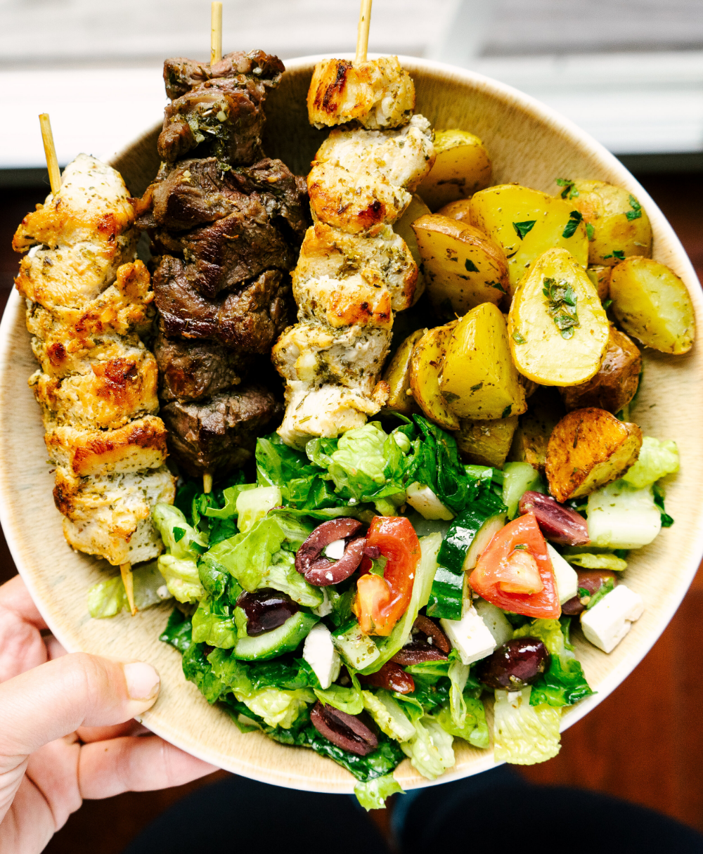 Throw An Authentic Greek Dinner Party For A Small Group With This Fully Planned Greek Menu This Includes Dinner Party Recipes Greek Dinners Easy Dinner Party