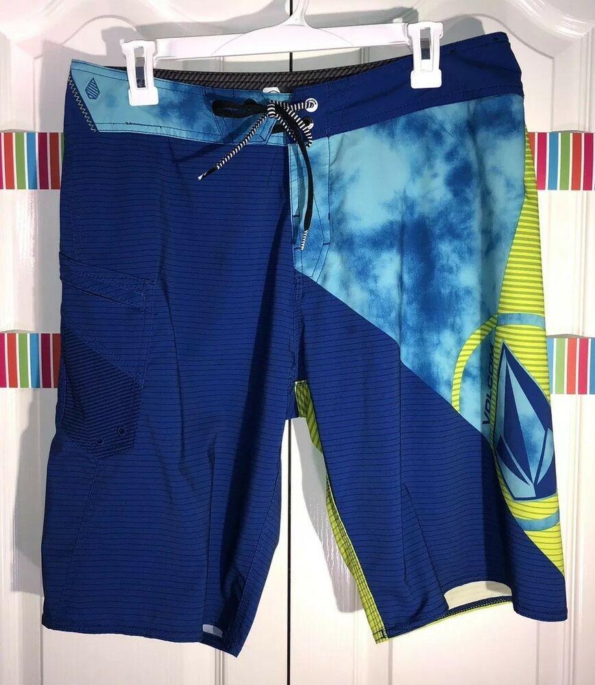 Mens size 32 modtech board shorts blue green