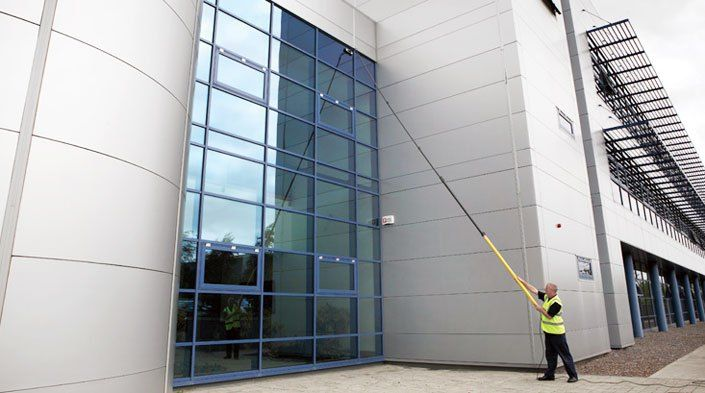 How To Choose The Correct Window Cleaning Company Commercial Window Cleaning Window Cleaning Services Professional Window Cleaning