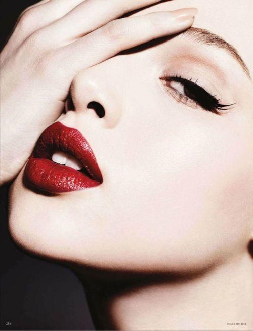 Αποτέλεσμα εικόνας για red lips vogue