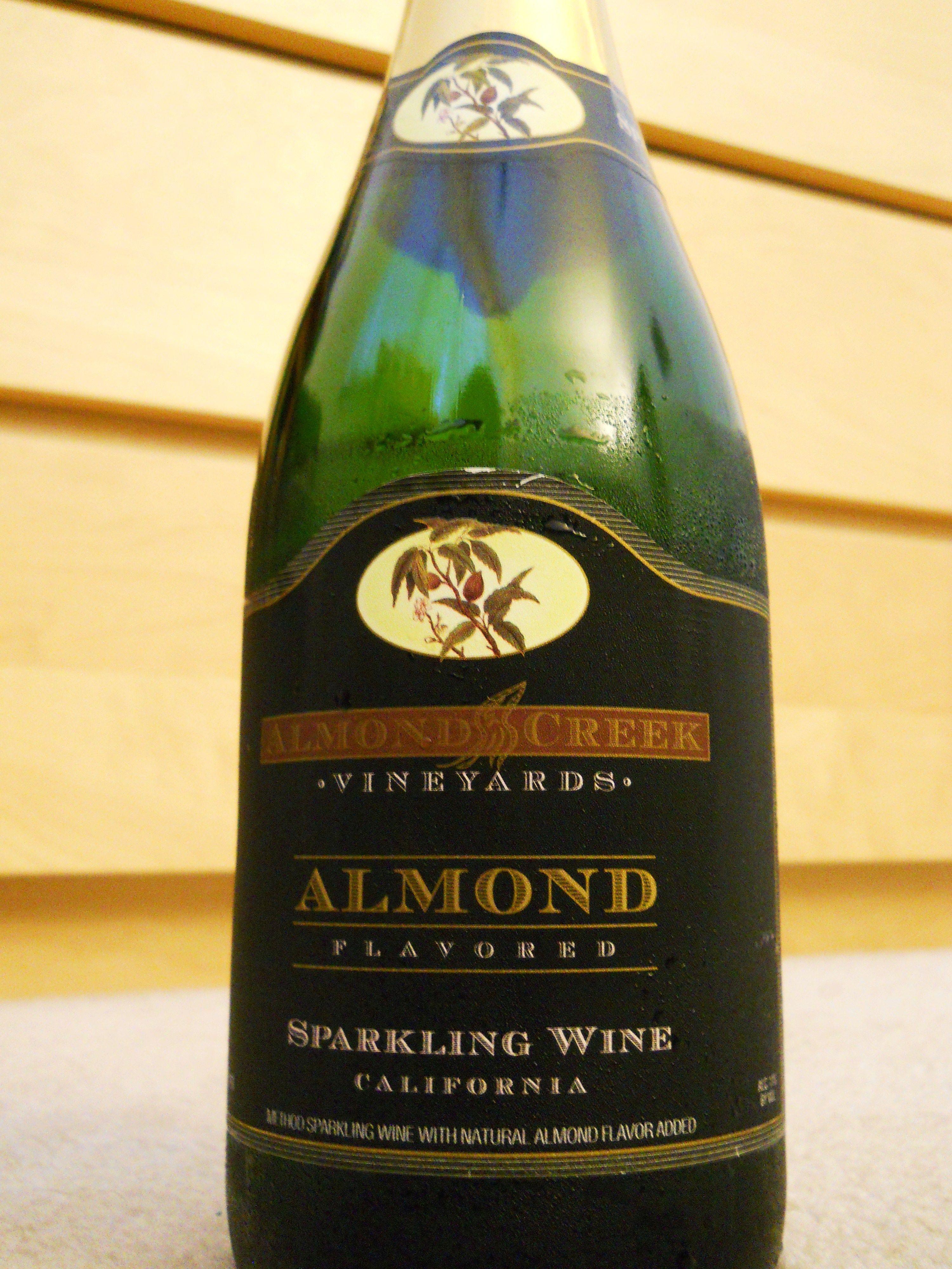 how to make almond liqueur