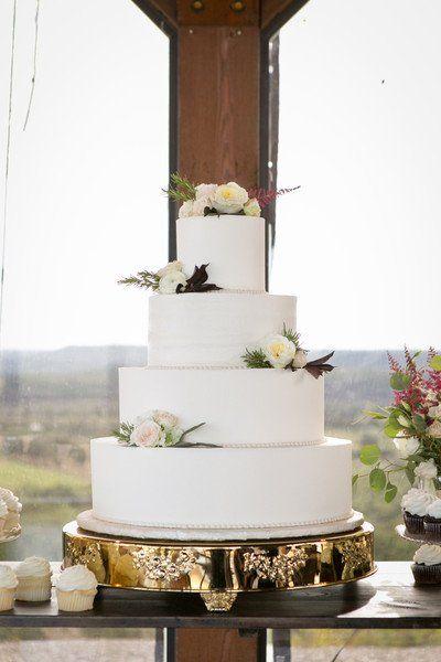 Rustic Texas Ranch Wedding | Wedding Cakes | Pinterest | White ...