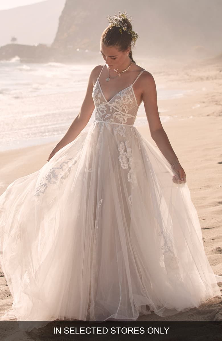 Willowby Kendrew Lace & Tulle Wedding Dress   Nordstrom ...