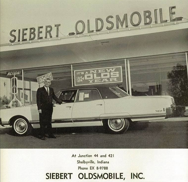 Siebert Oldsmobile Advertising Postcard | Vintage car dealers ...