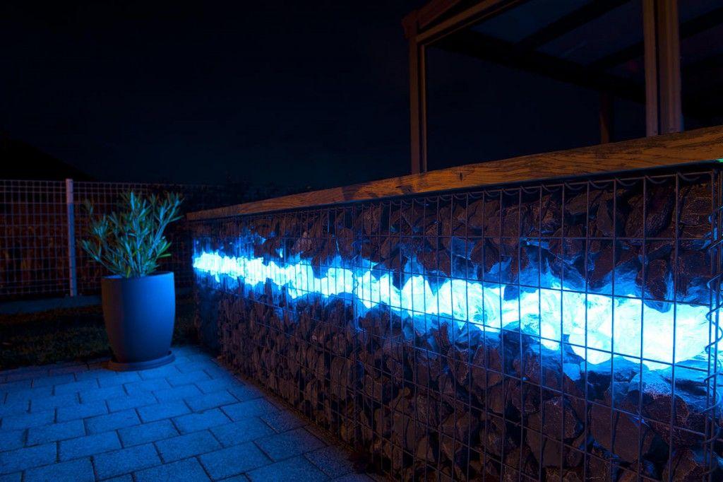 Gabion fence with lit glass i love it gabion - Mur de galet exterieur ...