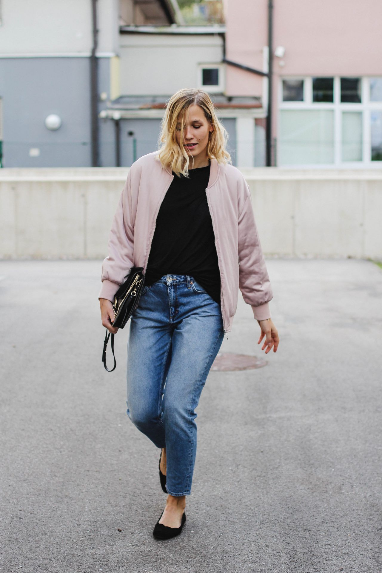 What Color Shirt To Wear With Light Pink Jeans Cotswold Hire