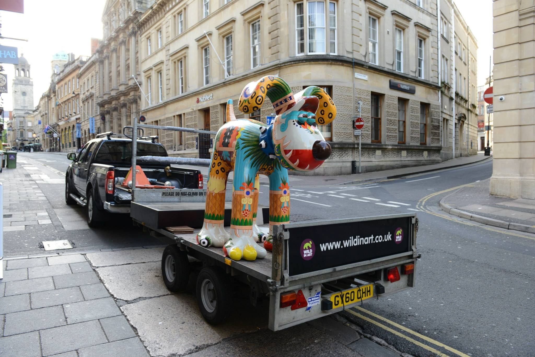 Neza arrives at our Bristol store! gromitunleashed Dog