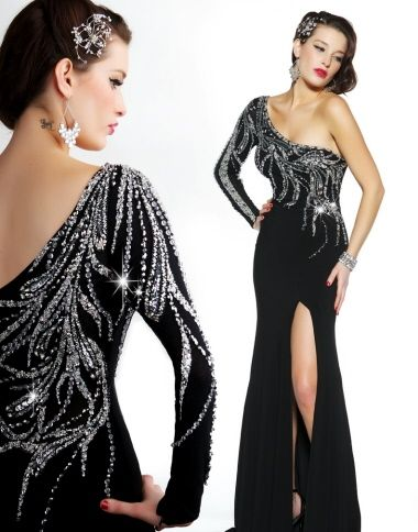 I love this!  In stock now at Proms N Promises in size 6. Amazing gown
