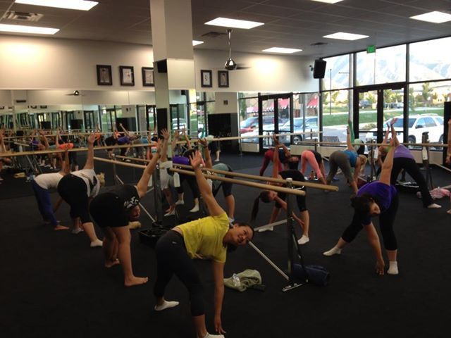 Cardio Barre Quarry Bend - an excellent local cardio barre workout that will help strengthen and lengthen muscles #cardiobarre Cardio Barre Quarry Bend - an excellent local cardio barre workout that will help strengthen and lengthen muscles #cardiobarre