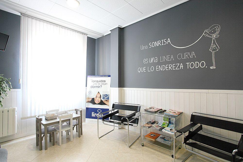 Salas de espera clinicas pediatricas buscar con google - Decoracion clinica dental ...