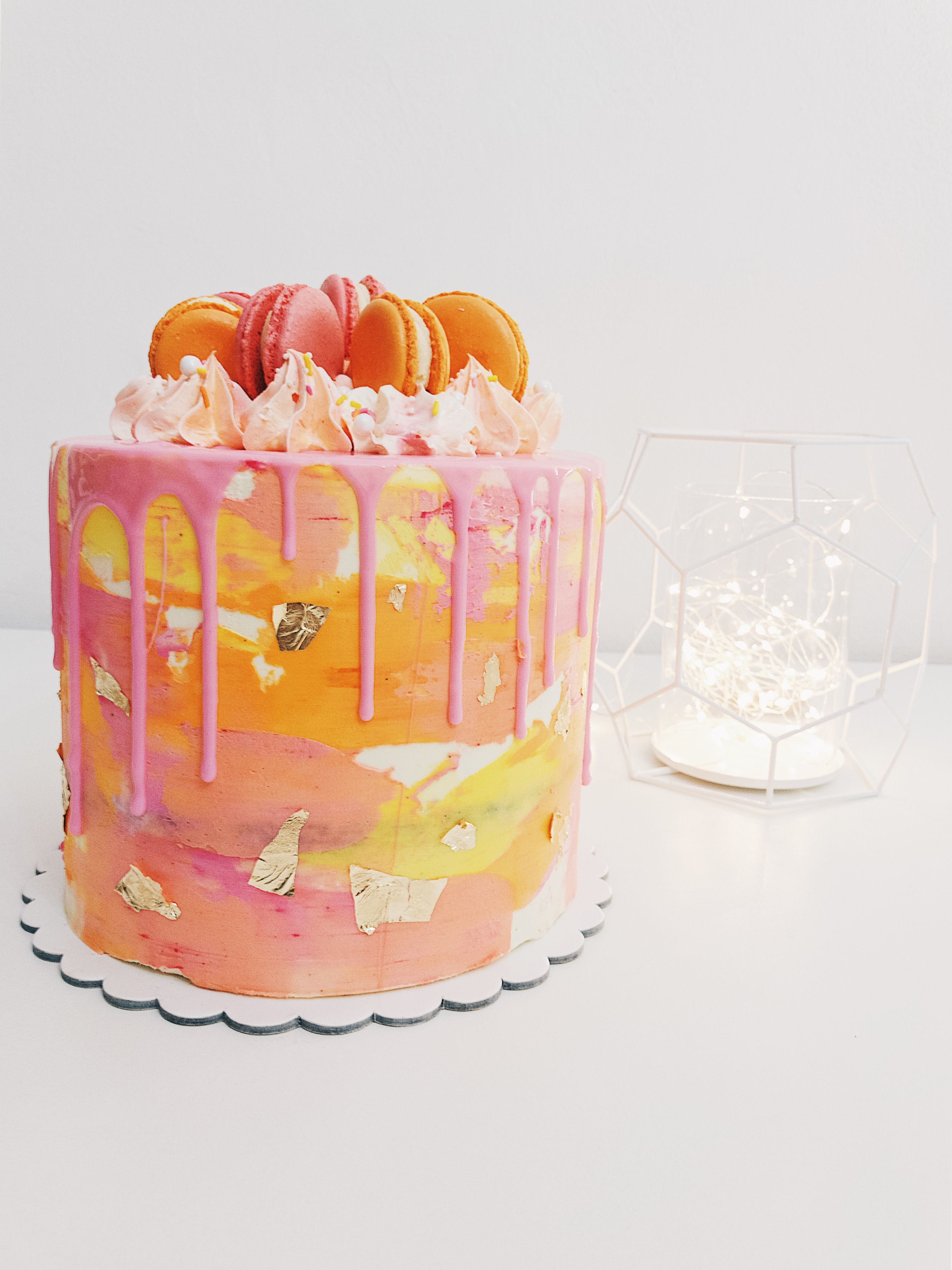 Drip Cake Color Rosa Naranja Y Amarillo Decorada Con