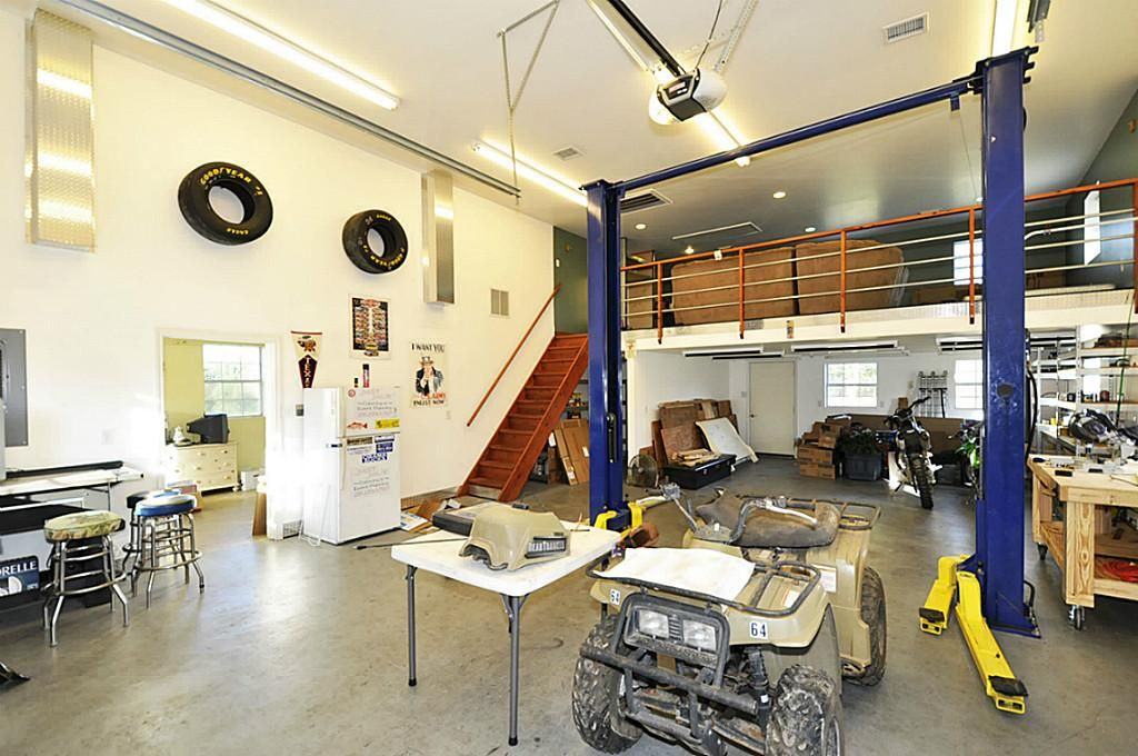 Man Cave Shed Loft : Man cave garage lift google search grage condo