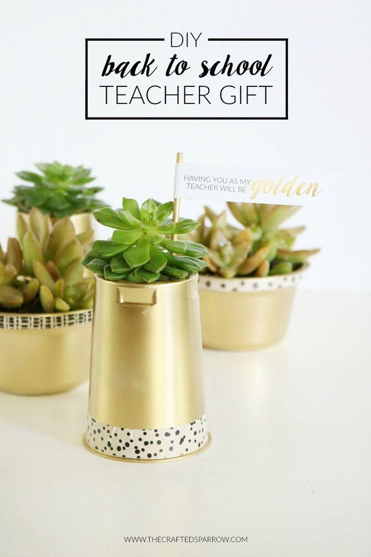 DIY Back to School Teacher Gift  |  #teachergift #giftidea #yoplait #upcycle #freeprintable #backtoschool