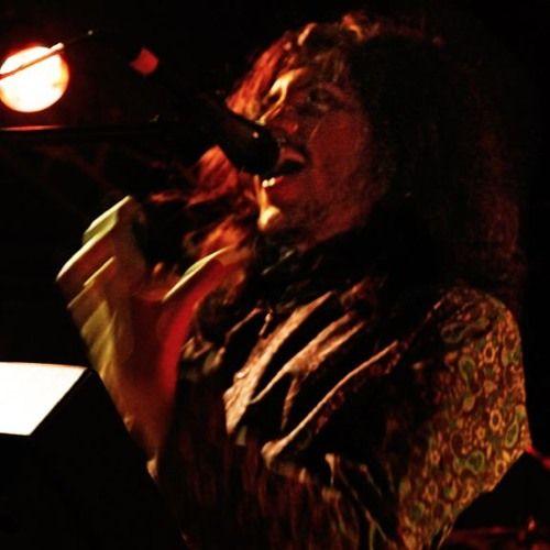 La primera impresión (en vivo Rock Son 19 Abr 13) by Cumbres