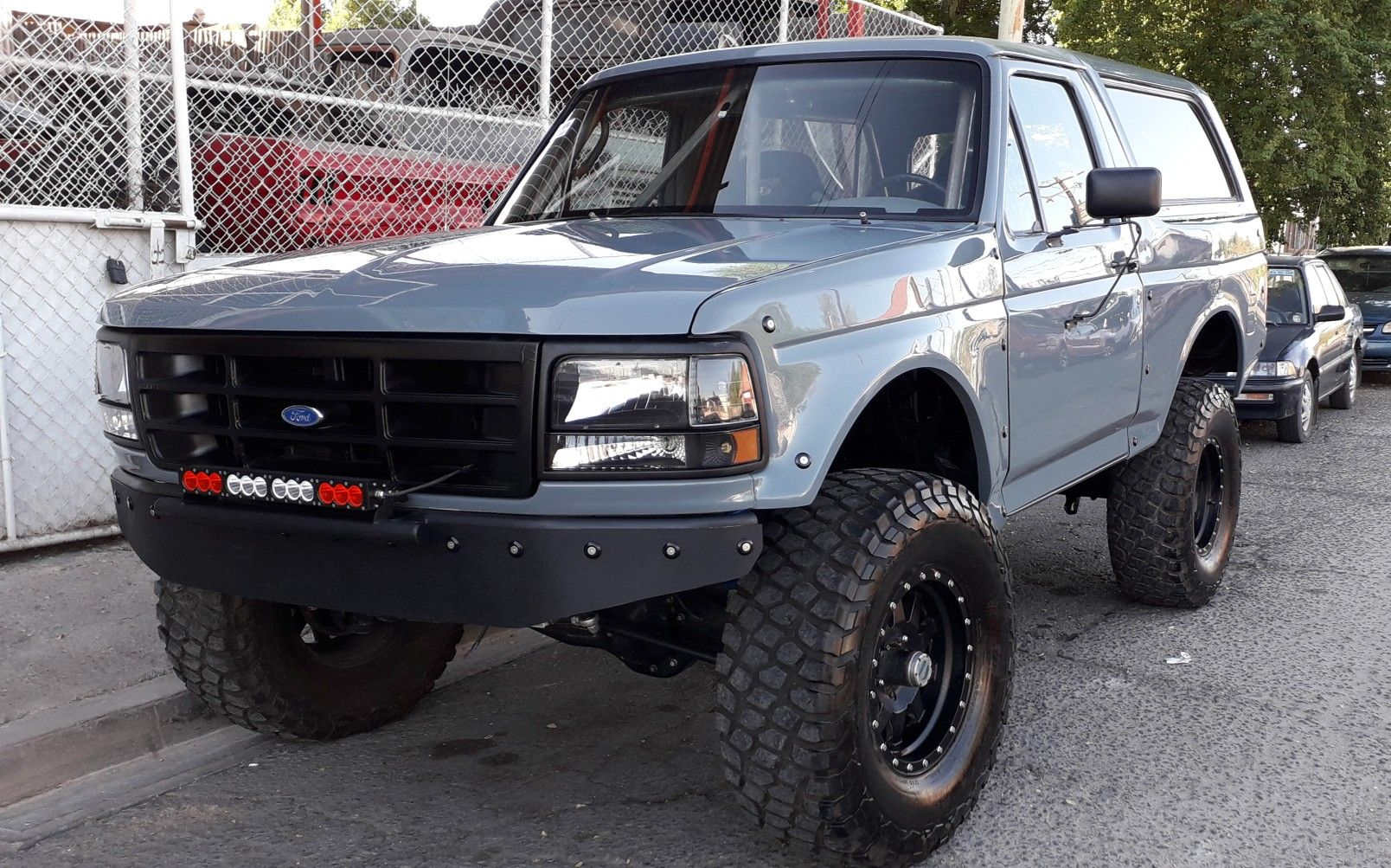 Clean Bronco Prerunner Style Ford Bronco Bronco Lifted Ford Trucks