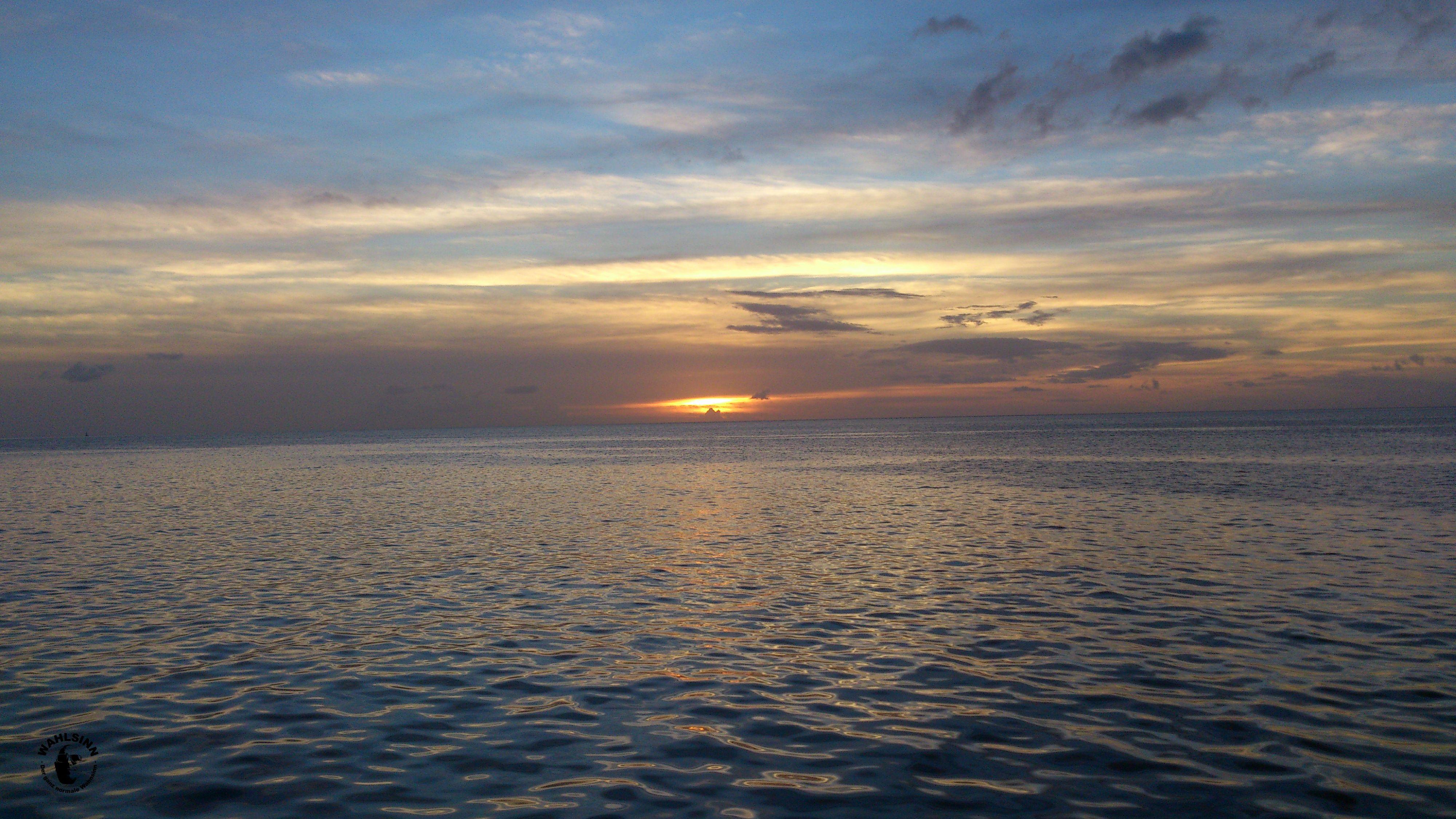 St. Lucia - Ein typischer Sonnenuntergang in der Karibik. Hier von St. Lucia aufgenommen