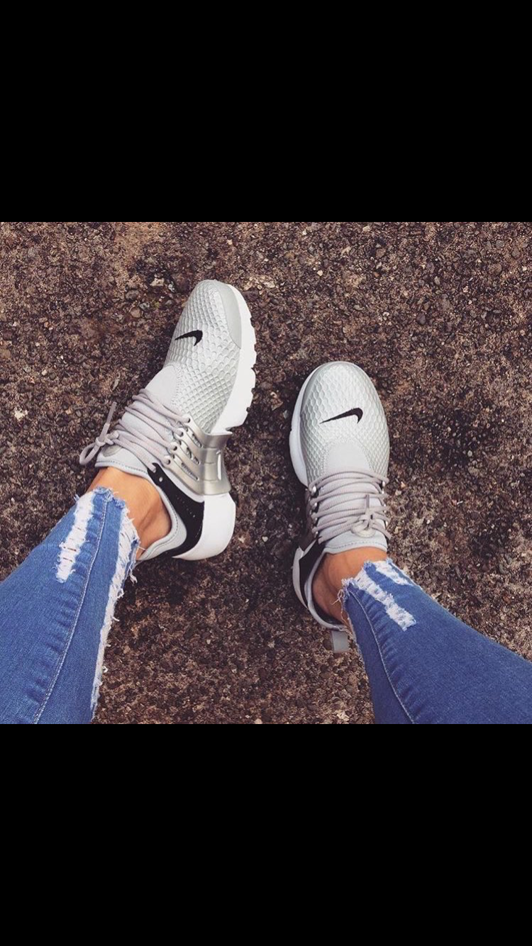 pinterest : michaelaikate ❁   Womens sneakers, Outfit shoes