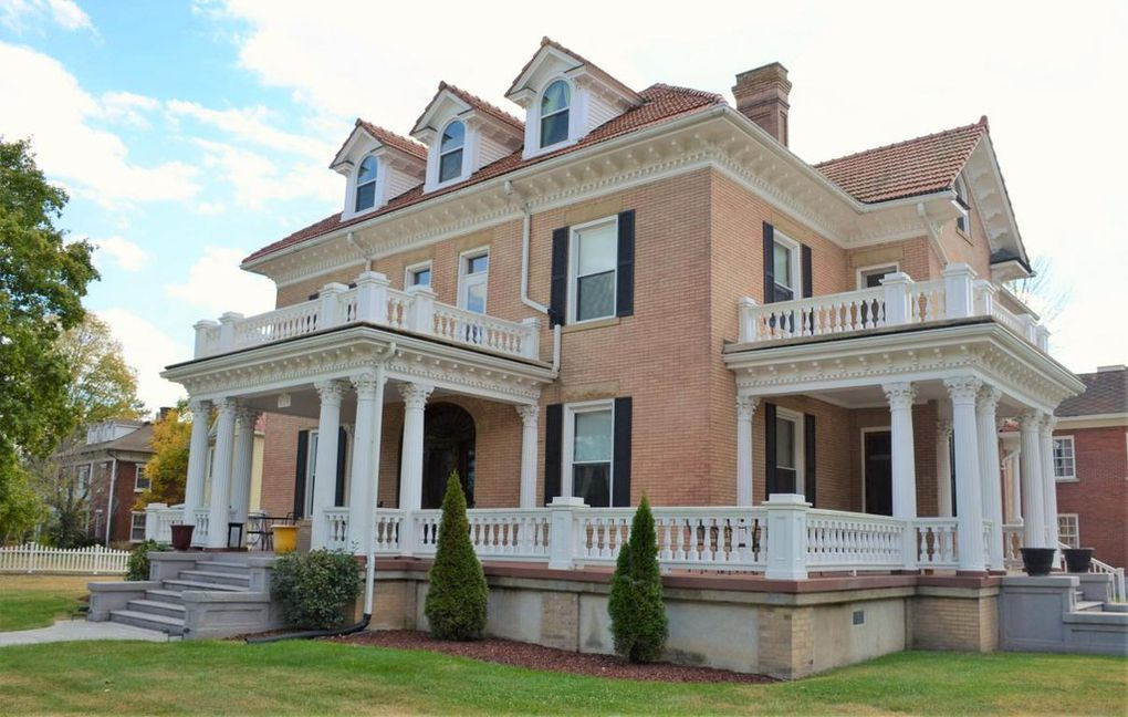 510 Midland Trl Covington Va 24426 50 Beautiful Pictures Old House Dreams House Colonial Revival