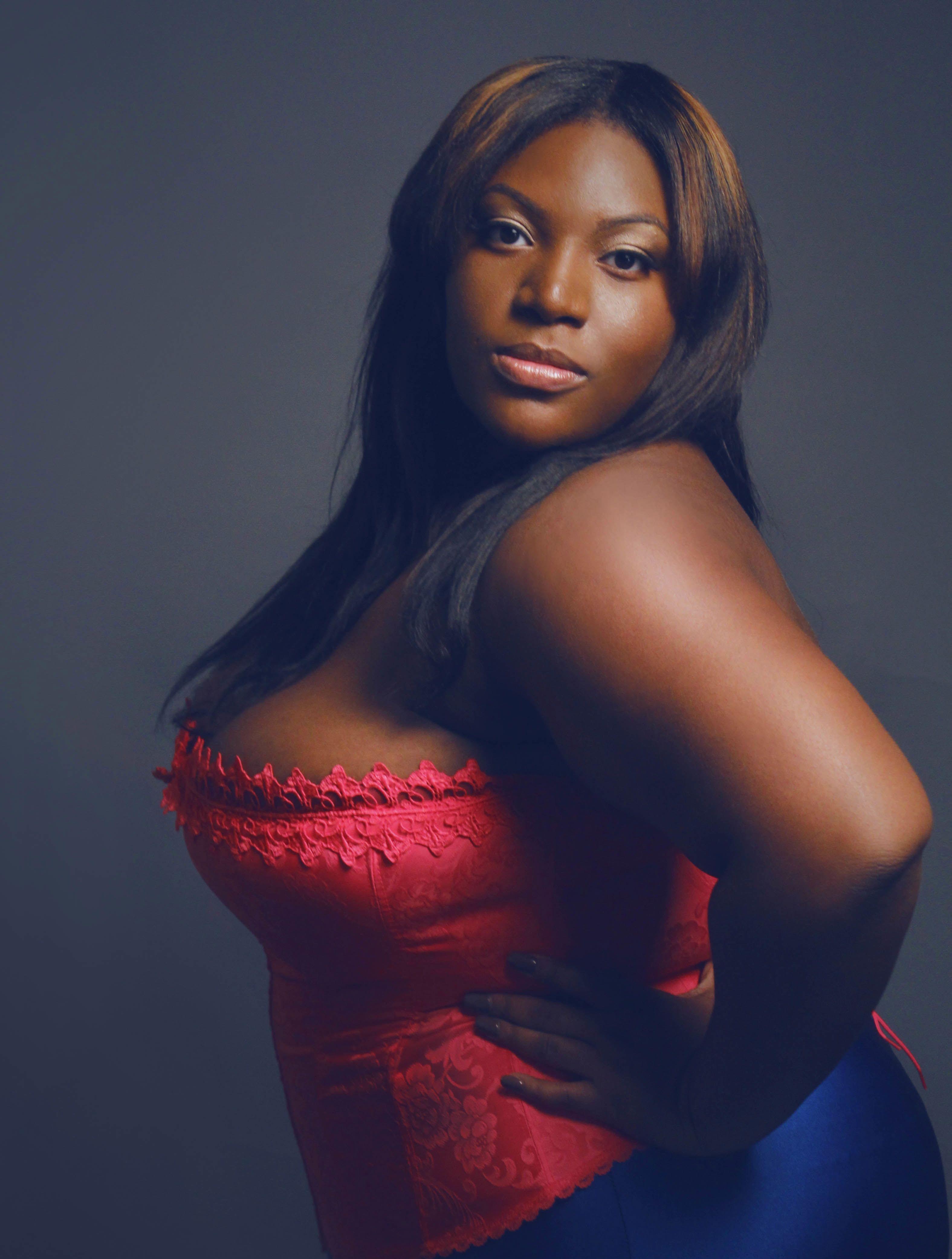 Spinoff Celebrating Beautiful Plus-Size Black Women -1150