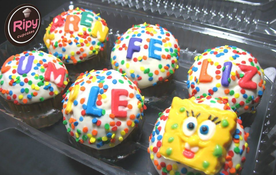 BOB ESPONJA  Contactos Whatsapp : 301 500 63 86 - 301 461 34 58  Correo : ripycupcakes@gmail.com  Twitter : @RiPyCupcakes   PIN : 2A30884C - 2A408233